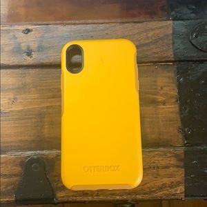 Iphone xr otterbox